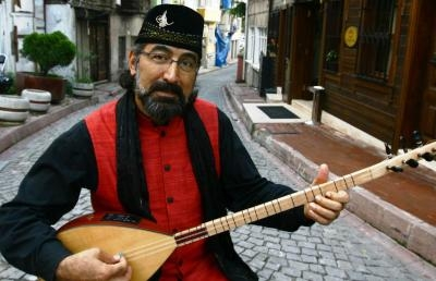 Turkish Musician Presenting as 2016 Gretchen French Visiting Artist