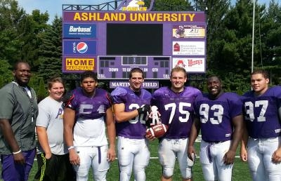 Ashland University Football Players Participate in Literacy/Geography Project
