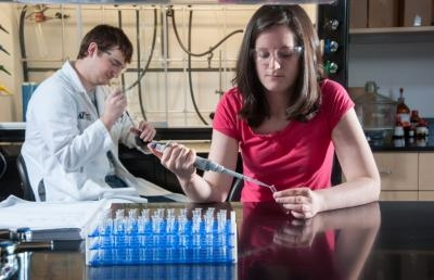 Ashland University Receives Grant to Support Science Research