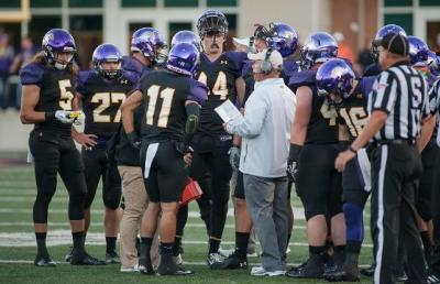Eagle Football Ranked Third In D-II By Lindy's Sports